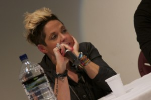 Amy Wadge Singer Song writer